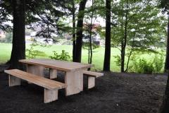 Tisch und Bank für den Ochsenwald
